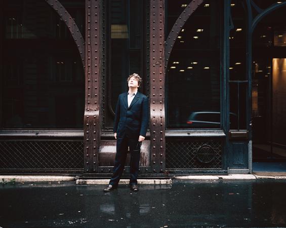 http://www.julienmagre.fr/files/gimgs/36_henri-seydoux-def.jpg