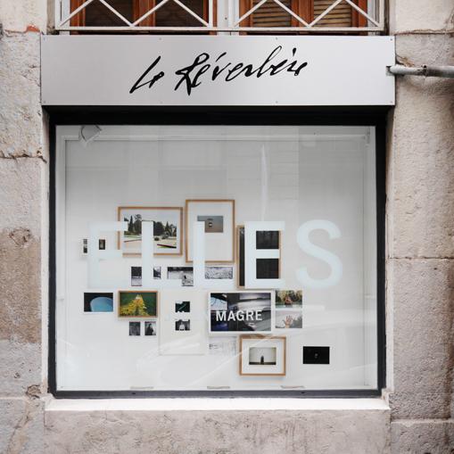 http://www.julienmagre.fr/files/gimgs/76_vitrine-p1170496.jpg